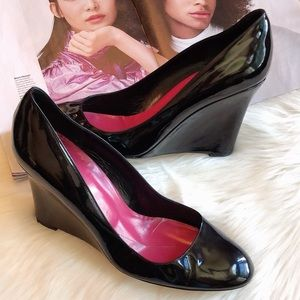 Kate Spade Halle Black Patent Leather Wedges 10B